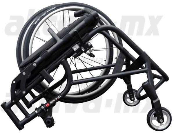 Silla de ruedas desmontable